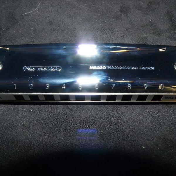 Harmonica Suzuki - Pro Master Valved - La