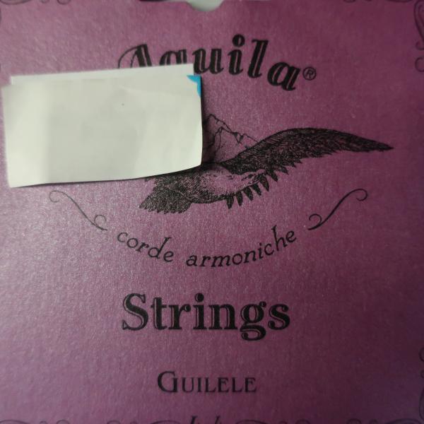 Cordes Aquila pour Guitalele